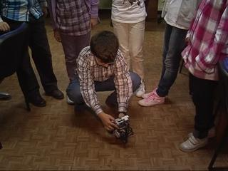 Los niños con altas capacidades de 'La Gesta I' trabajan con un robot