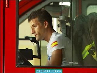 Borja Gutiérrez Heres, bombero del Aeropuerto de Asturias