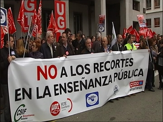 Manifestación en Oviedo contra los recortes en Educación
