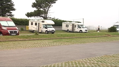 Área de estacionamiento de autocaravanas en Tapia