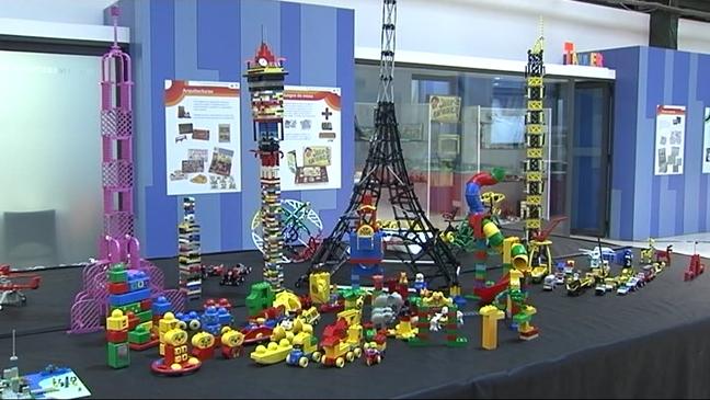 Exposición de juguetes en El Entrego
