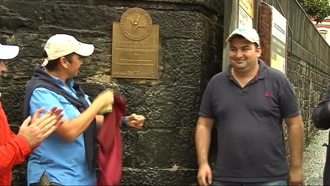 Quinta placa de la ruta de Derechos Humanos en el Camino Primitivo de Santiago