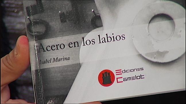 Isabel Marina presenta su poemario 'Acero en los labios'