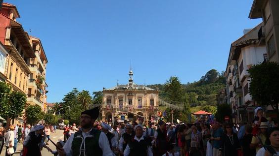 Promo estrella De folixa en folixa Fiestas de Nuestra Señora del Portal. Villaviciosa