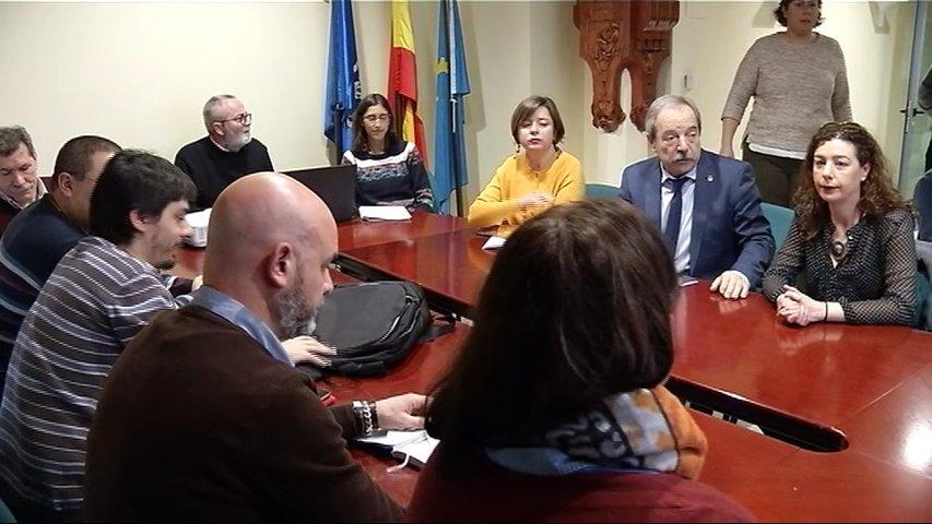 Asamblea del tripartito de Oviedo