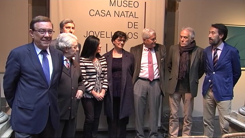 Jurado del Premio Internacional de Ensayo Jovellanos
