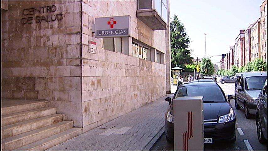 La demora se duplica en algunos centros de salud por la huelga en Urgencias