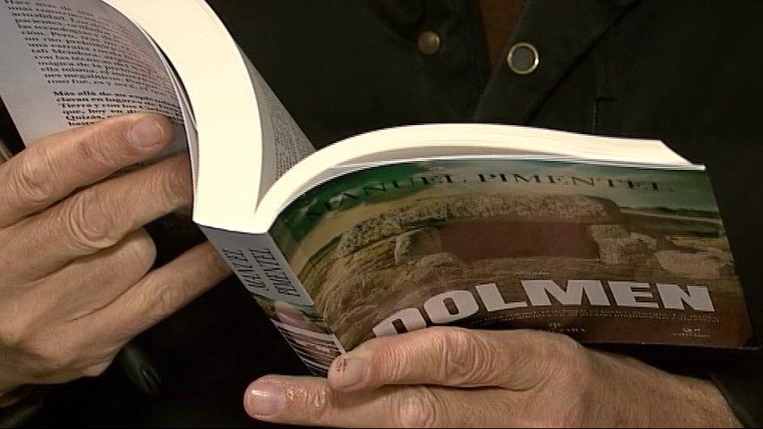 Portada del libro Dolmen