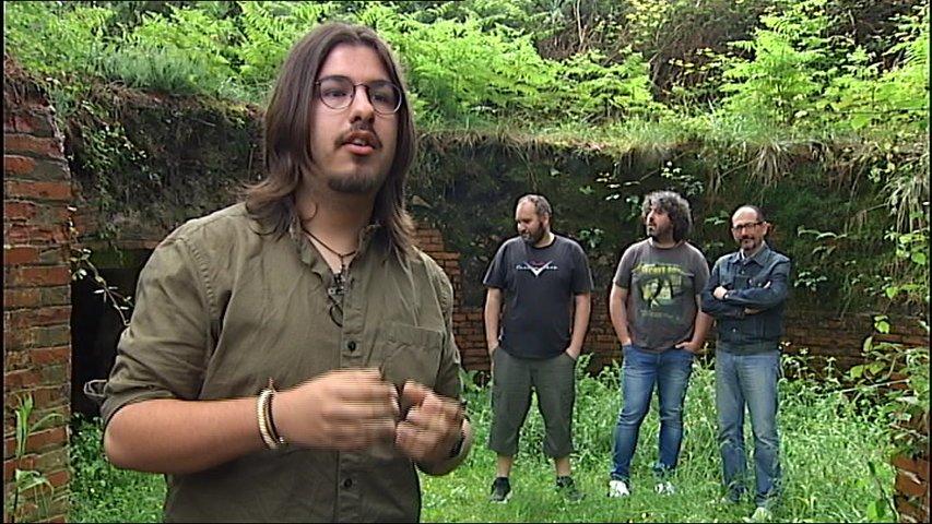 Héctor Menéndez realiza el videoclip de la canción 'La Lienda', del grupo folk D'Urria