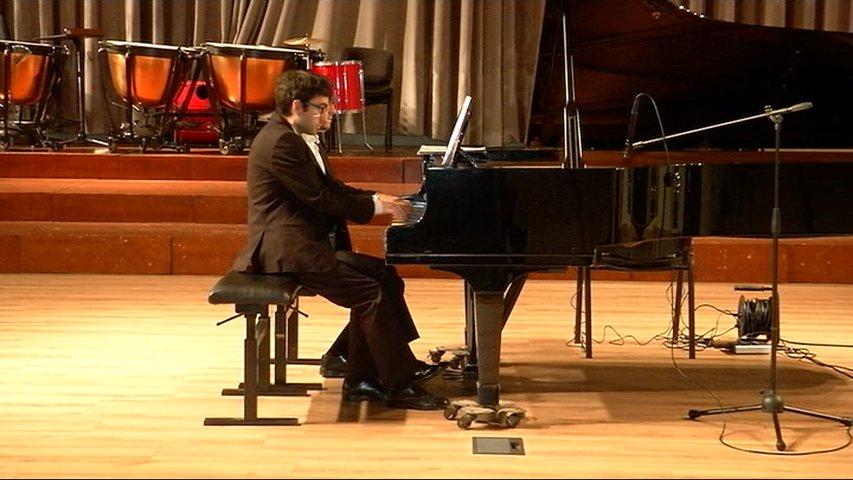 La agrupación 'Ludis Duo' ofrece conciertos de piano a cuatro manos