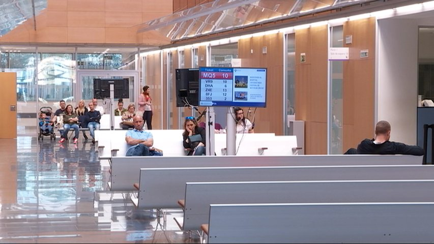 Sala de espera para citas en el Hospital de Cabueñes