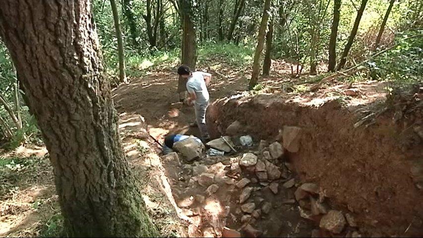Hallan una muralla de 2.000 años en Alava, en Salas