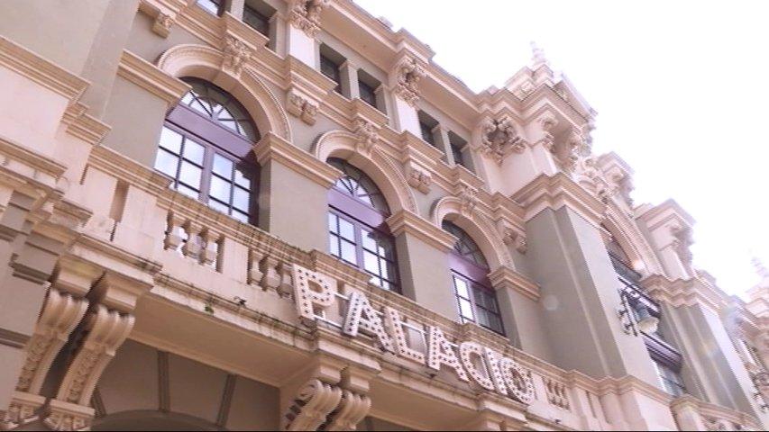 Fachada principal del Teatro Palacio Valdés en Avilés