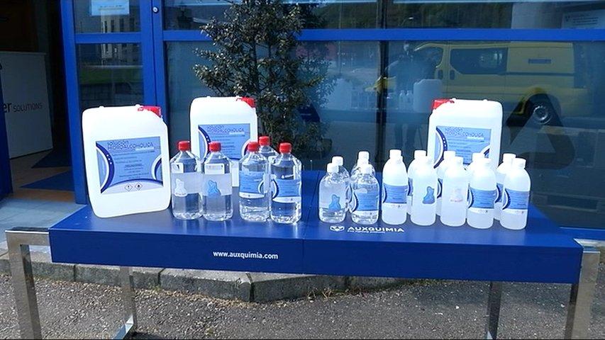 Geles hidroalcohólicos donados por Auxquimia