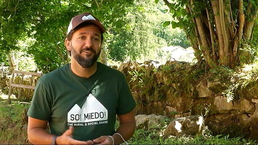 Daniel Suárez, un 'vaqueiro digital' en Somiedo