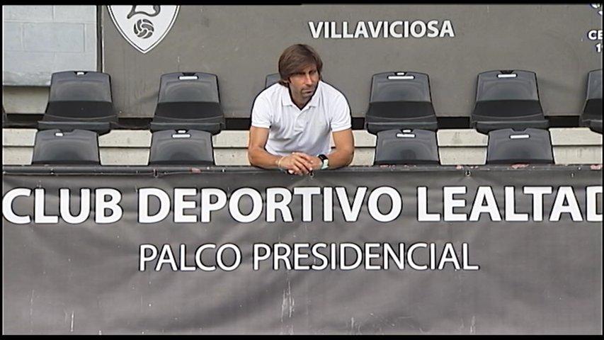 Pedro Menéndez en el palco presidencial del Lealtad