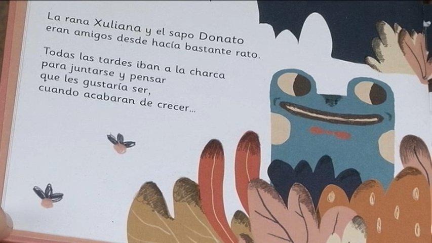 Una de las páginas del cuento infantil 'Xuliana y Donato pasando el rato'